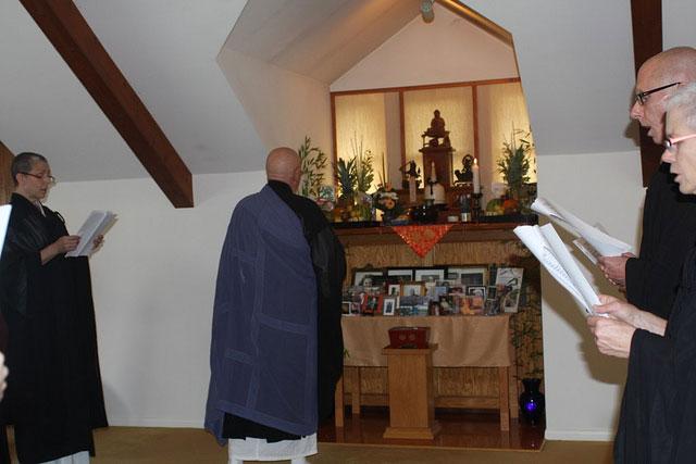 Obon-2010-Roshi-Altar