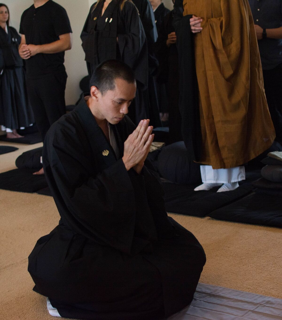 Juzen bowing3